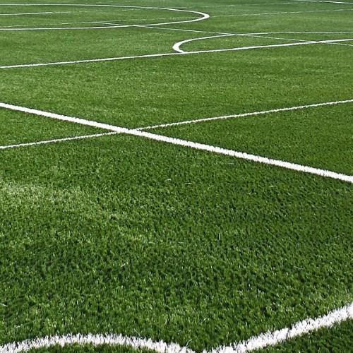 Nawierzchnia sportowe ze sztucznej trawy